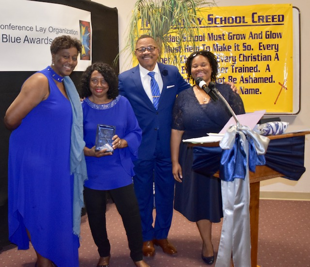 EEDLO President Pat Wright,  Jacqueline Grant, former WCCLO President Hugh Yancy and Second Vice President Robbyn Hopewell pose for Ms. Grant's service award.